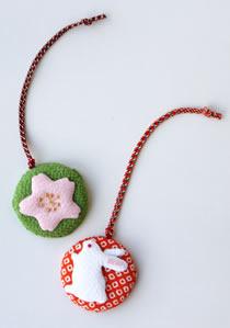 限定商品「香りの根付 うさぎ/桜」